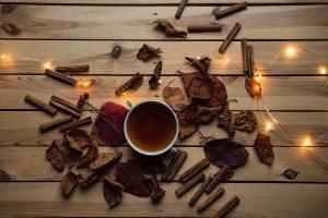 cannella allestimenti invernali profumi cioccolata calda natale decorazioni luci