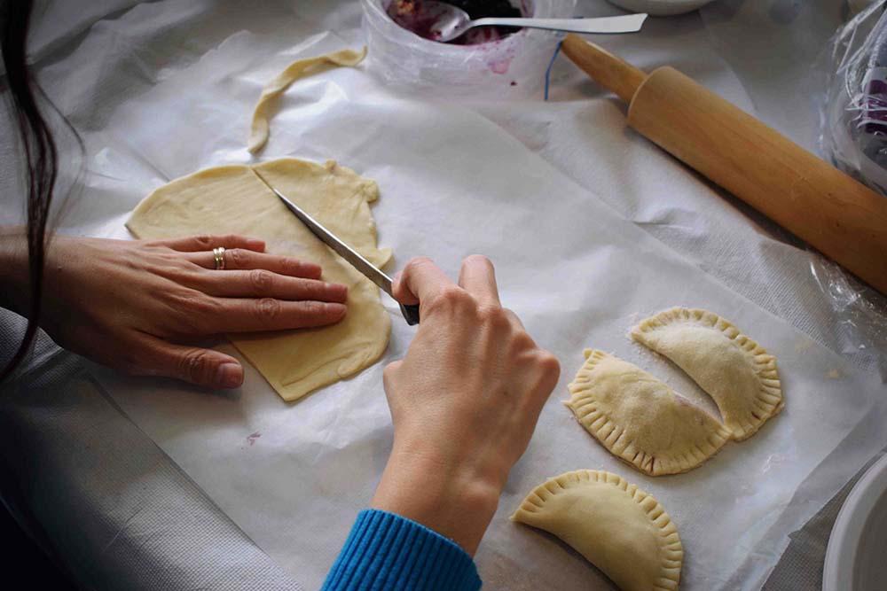 team building team cooking pasta