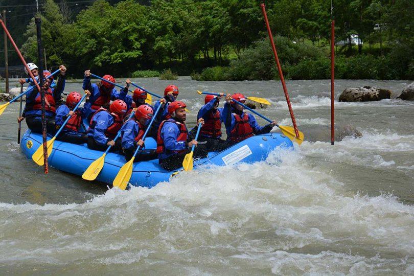 voyage privé rafting team building 12