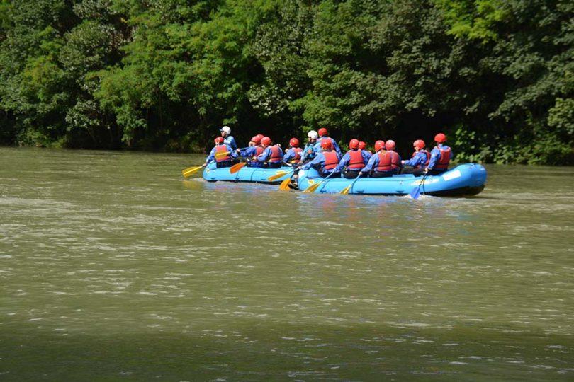 voyage privé rafting team building 20